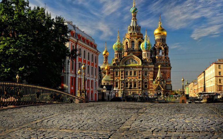 Екскурзии Москва и Санкт Петербург